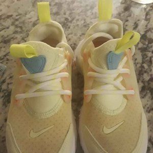 Nike neon yellow girls sneakers sz. 12